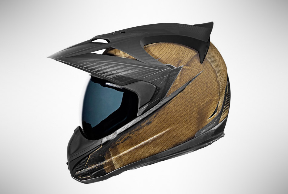 Variant Battlescar Helmet